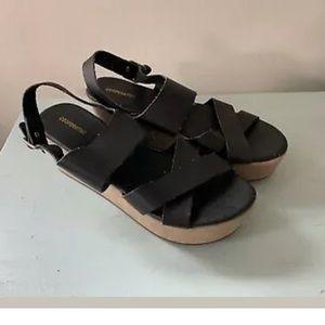 UO Cooperative Strappy Platform Sandals